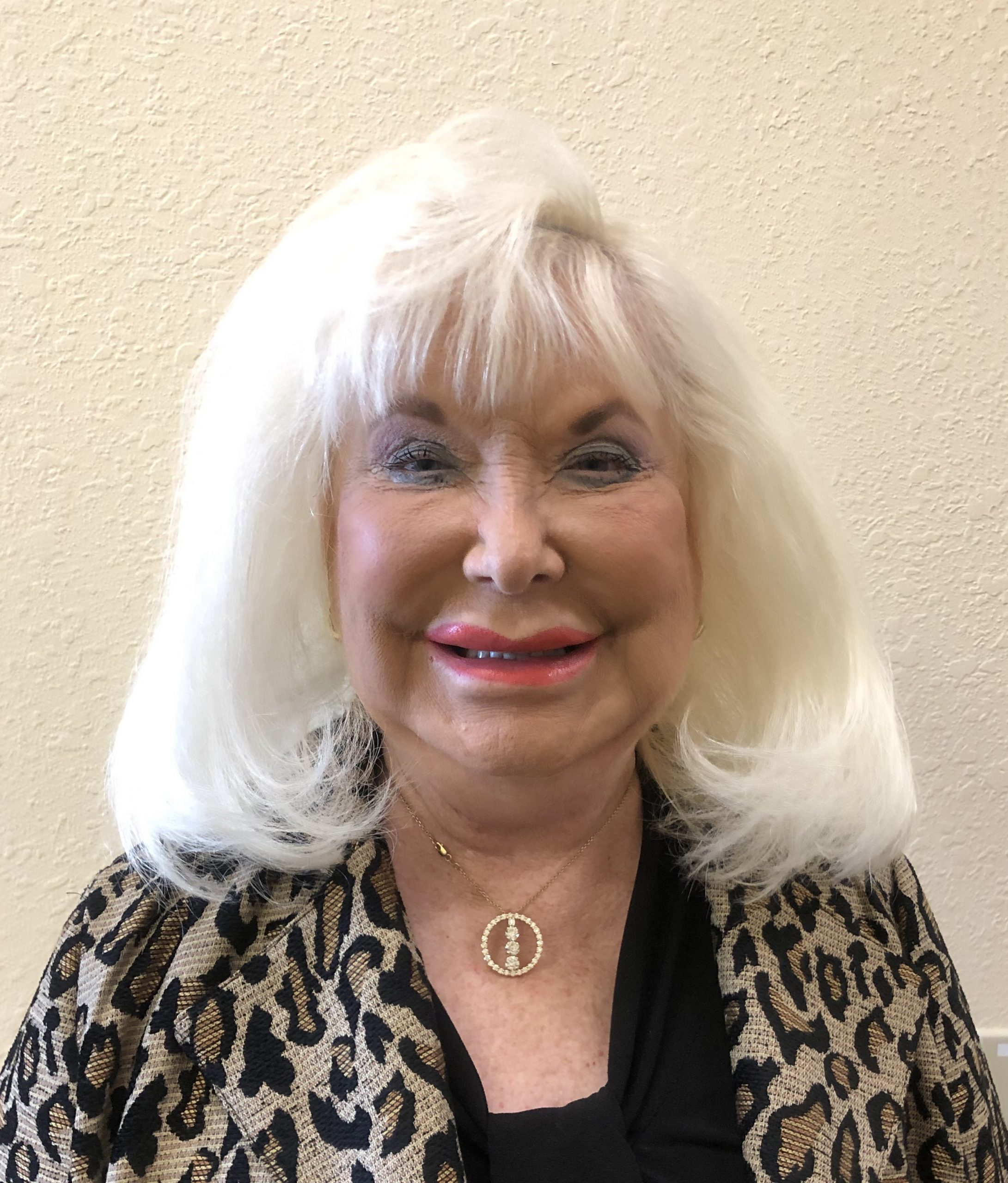 Linda Logan - Greeter - Republican Club of Lakeland